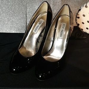 Steve Madden Black Patent Leather Heel